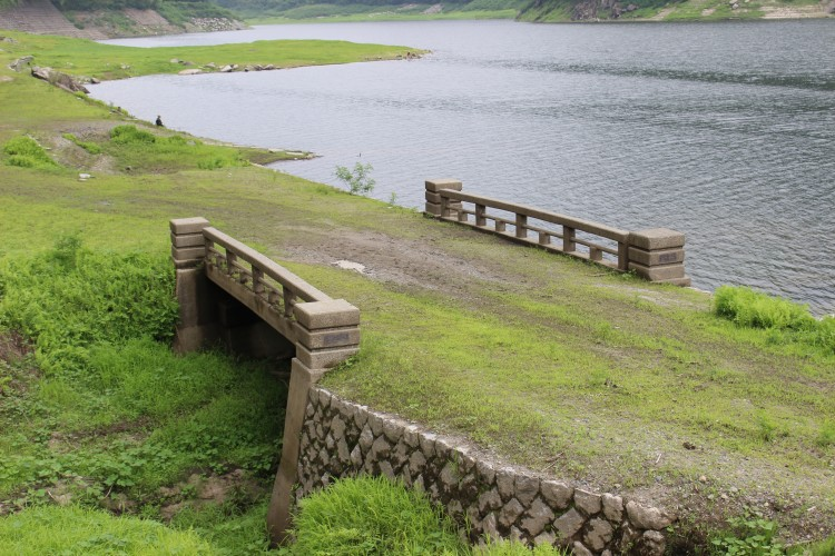草木湖 内出橋