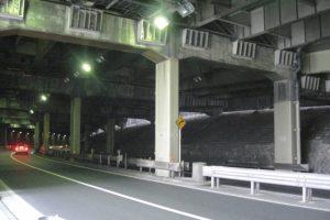 白金トンネル