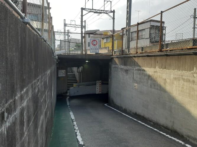西新井の地下道