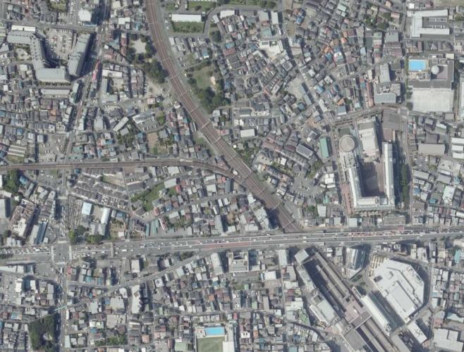 西新井駅の地下道