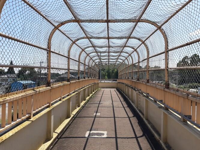 柳沢歩道橋